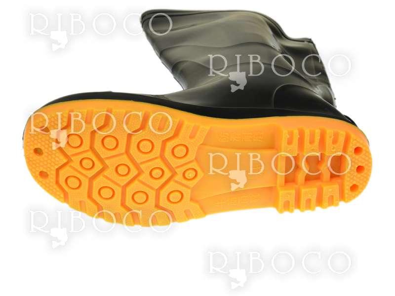 Черни ботуши с оранжева подметка